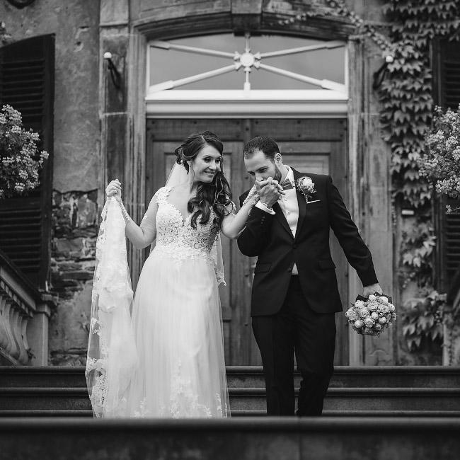 Ina und Matt im Schloss Linnep –USA trifft auf Deutschland